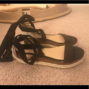 Lace-up Flatform Sandals